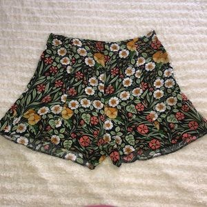 ZARA Woman Floral shorts
